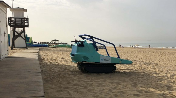 The City Council of Punta Umbría (Huelva) with the new NOVAF MRI1 vehicle